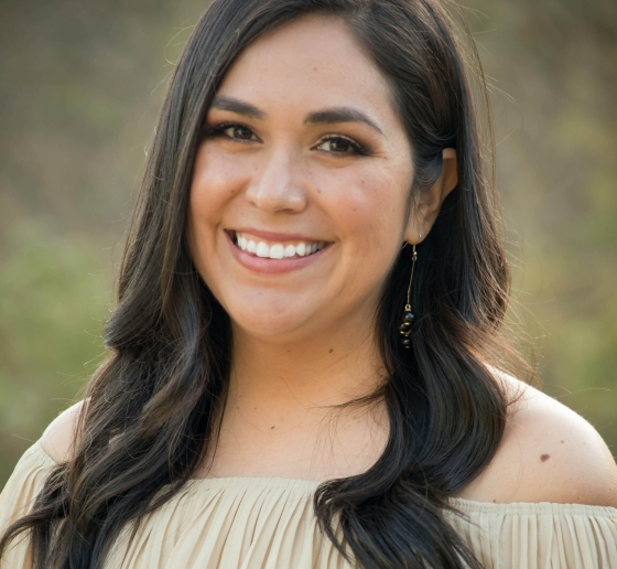 Headshot of Isela Bañuelos '20