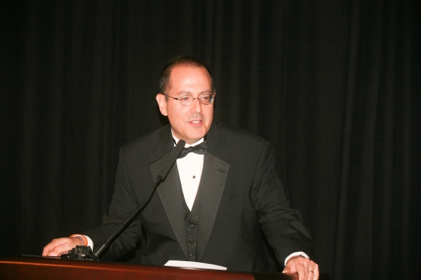 Schizer speaking at Supreme Court gala
